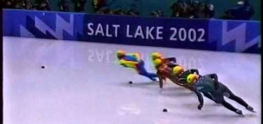 【ショートトラック】最終コーナーで何が?2002年ソルトレイクシティ五輪で起こった伝説の棚ボタ金メダルがこれ!