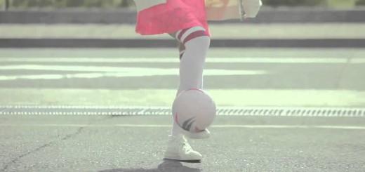 【サッカー】カッコかわいくて癒される!リフティング女子動画がスゴくいい感じ!!