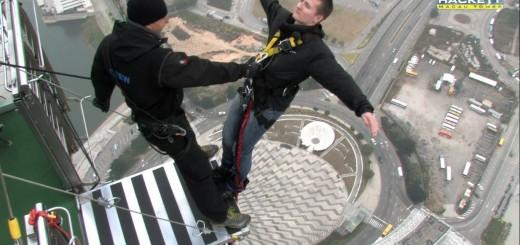 【バンジージャンプ】こんな罰ゲームはイヤだ!世界最高マカオタワーのバンジーが怖すぎる!!